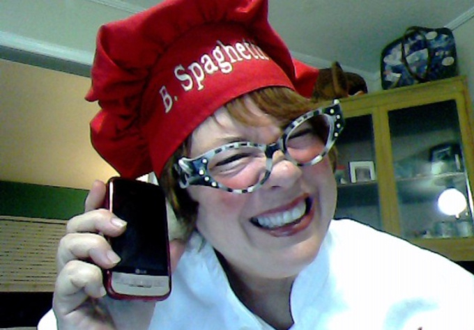 record a personalized ringtone as Chef Betty Spaghetti for your cell phone