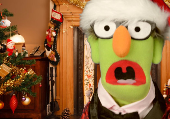 have Harold the Puppet read a personalized Twas the Night Before Christmas to anyone
