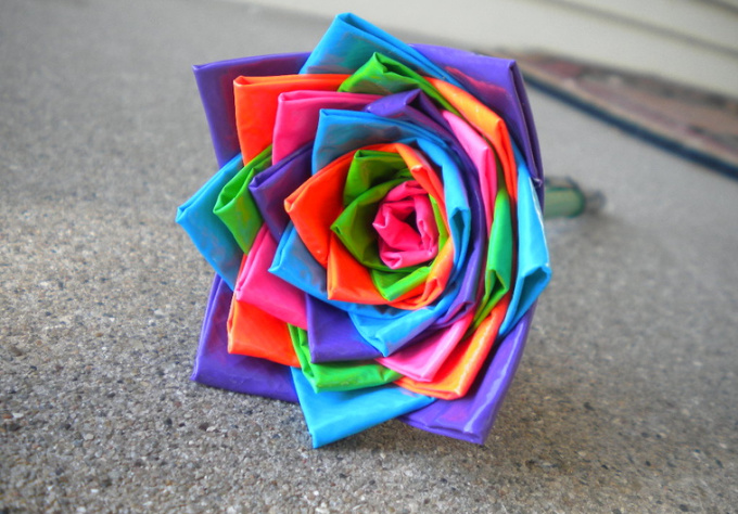 teach you step by step how to make a duct tape flower