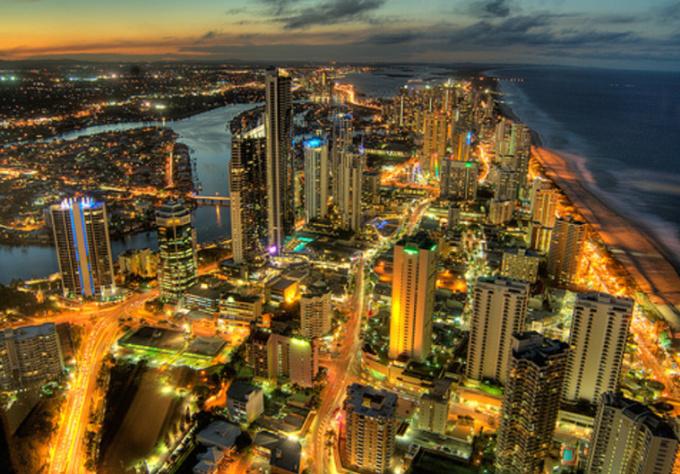distribute 50 flyers around Australias largest tourist and local destination