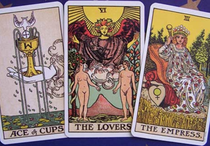 do a tarot reading for you and answer three questions