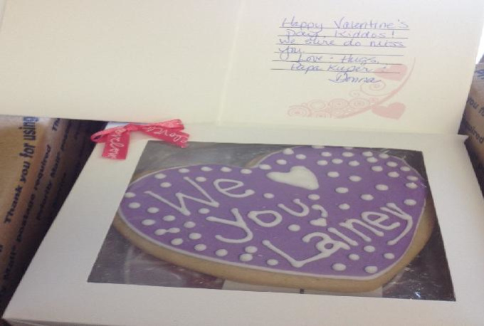 create and deliver 1 large Valentine Heart Cookie