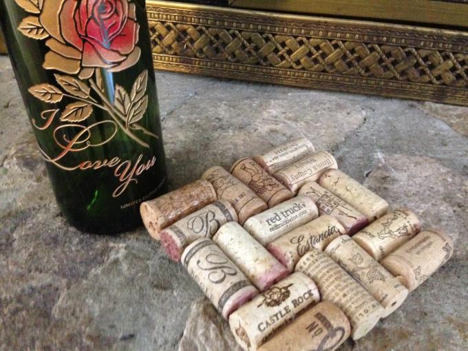 Make A Trivet Coaster Out Of Wine Corks Fiverr