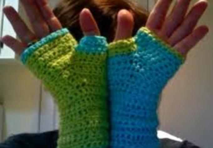 crochet fingerless gloves instructions