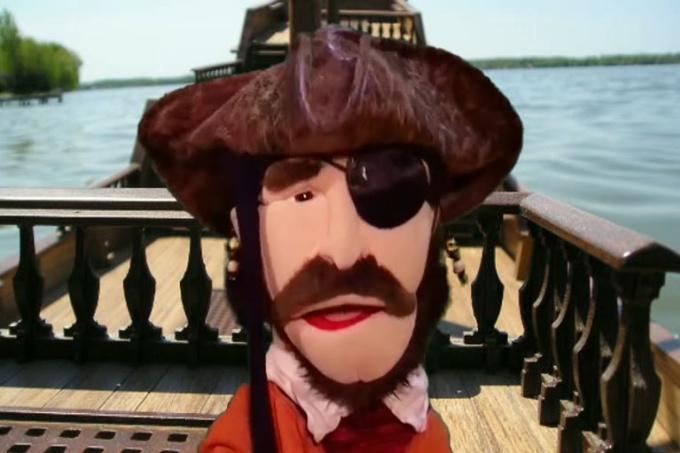 Pirate & Director Vid P 4