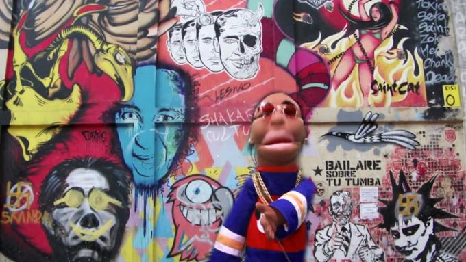 Puppets message gig for bezerker A
