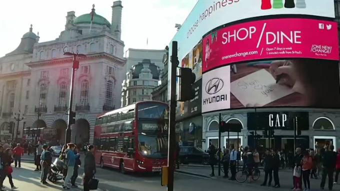 piccadilly_ad_HD2