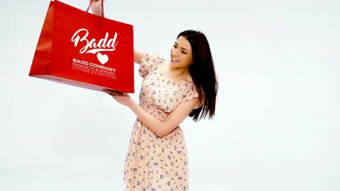 RED BAG - Full HD 1080p