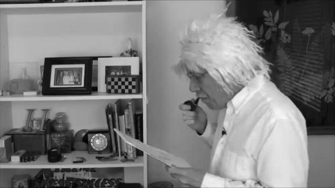 lun_Einstein