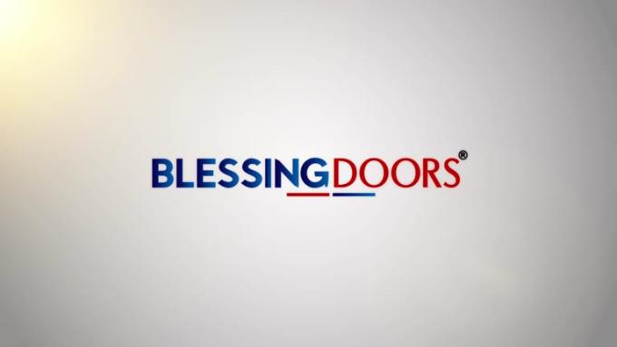 Blessingdoors057