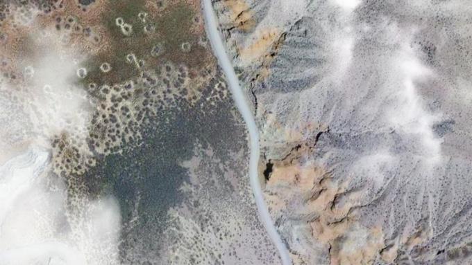 Earth Zoom_In STINGER LoREZ
