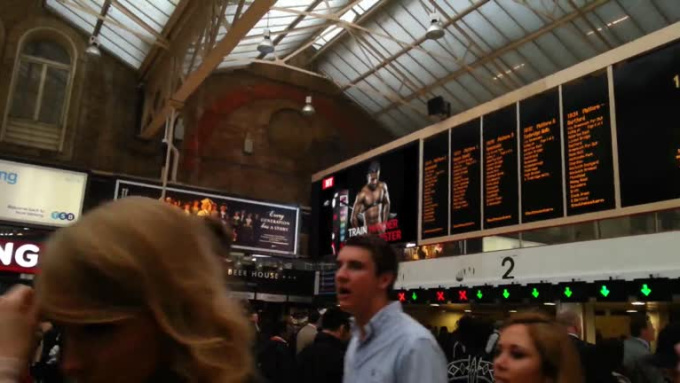TrainStationBoard_zscott453