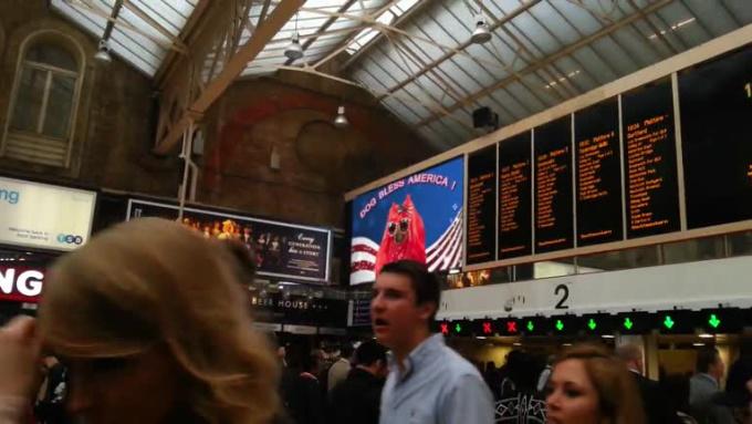 TrainStationBoard_muttleycyrus2