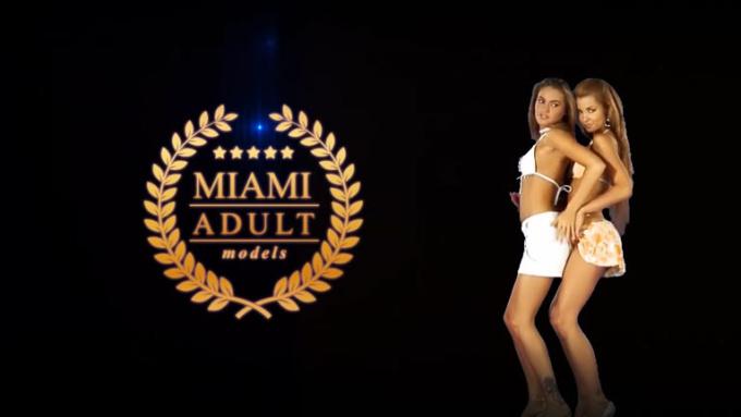 two girls dance MiamiAdultModels 720p