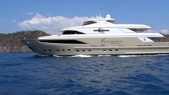 yacht_blakerayirl