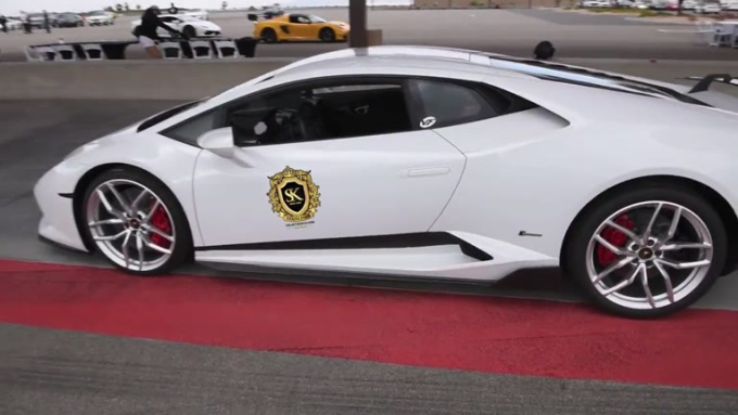 roadsharksint  White Lamborghini done