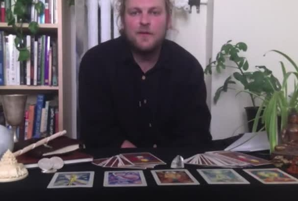 give a deeply insightful Tarot reading