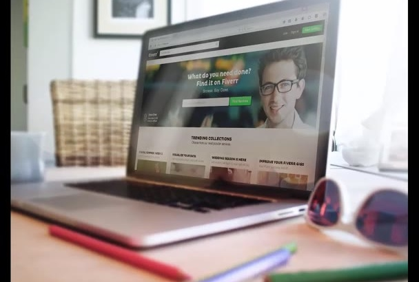design 5 realistic mockups for your website