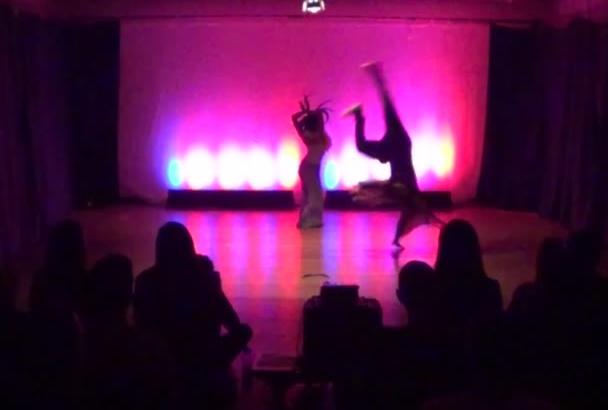 break Dance in New York City with genuine Background