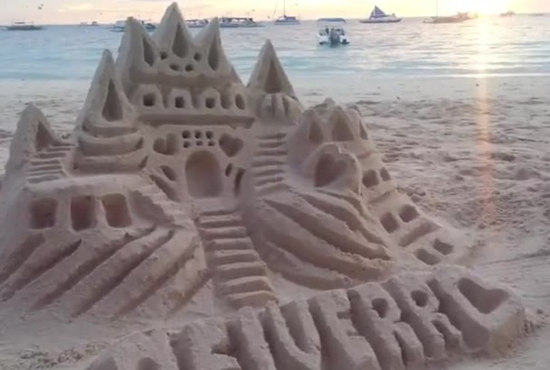 write custom message on an amazing Sand Castle