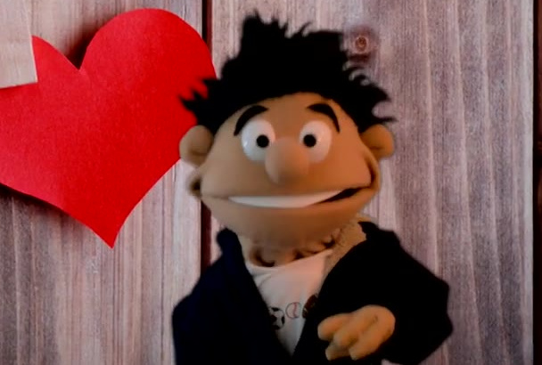 make a boy or man Puppet video in English or in Spanish