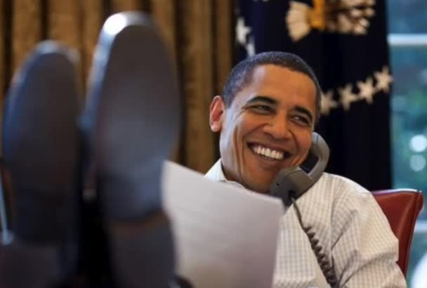 call whoever you want as Pres Obama and say happy birthday or whatever you want